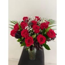 Rose Bouquet in Vase (Dozen)
